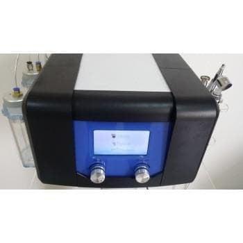 Комбиниран уред за водно дермабразио, диамантено микродермабразио и кислороден спрей