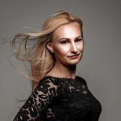 Деси Монева